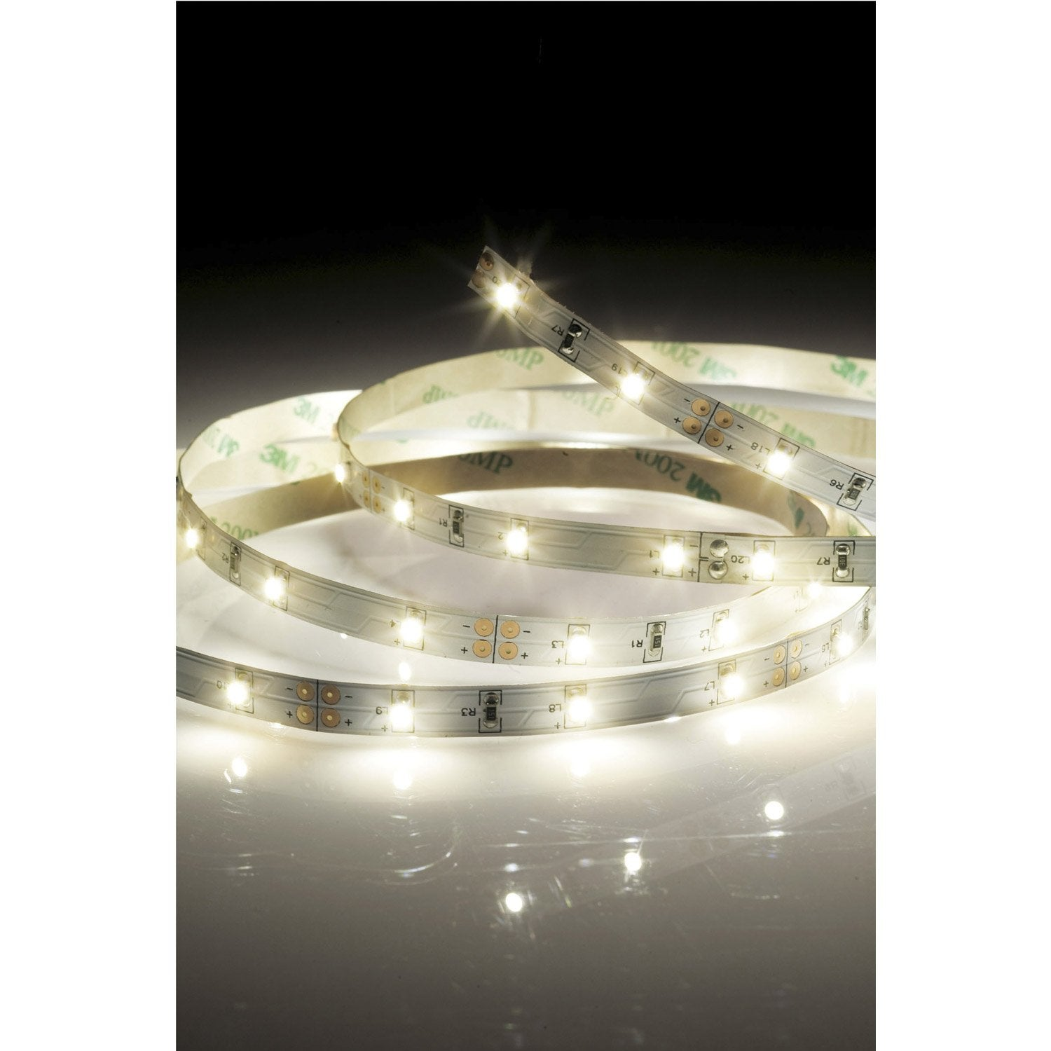 Kit ruban led strip led led 1 x 22 5 w led intégrée blanc chaud leroy merlin