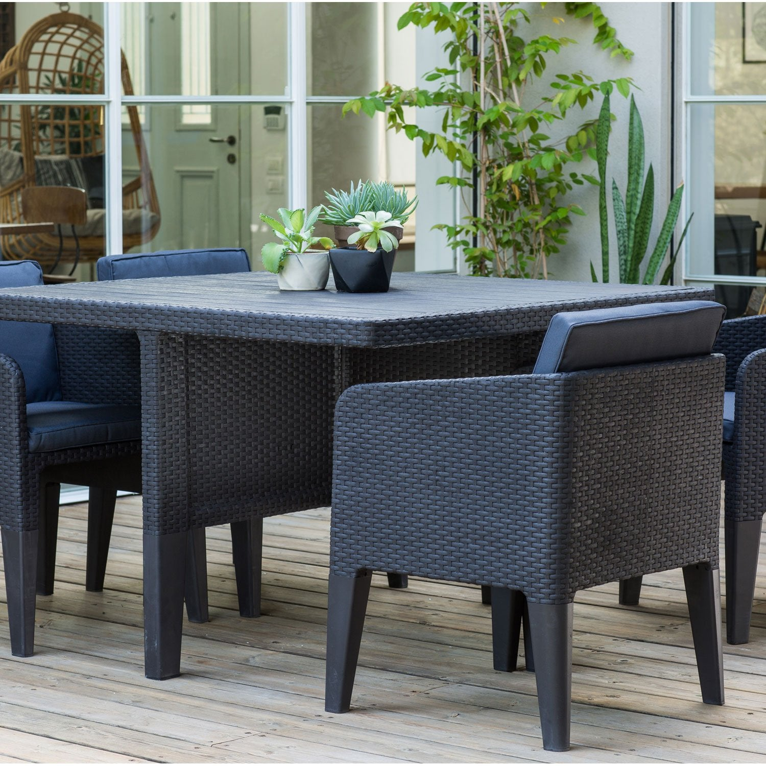 Salon de jardin columbia r sine inject e gris anthracite for Salon de jardin leroy merlin