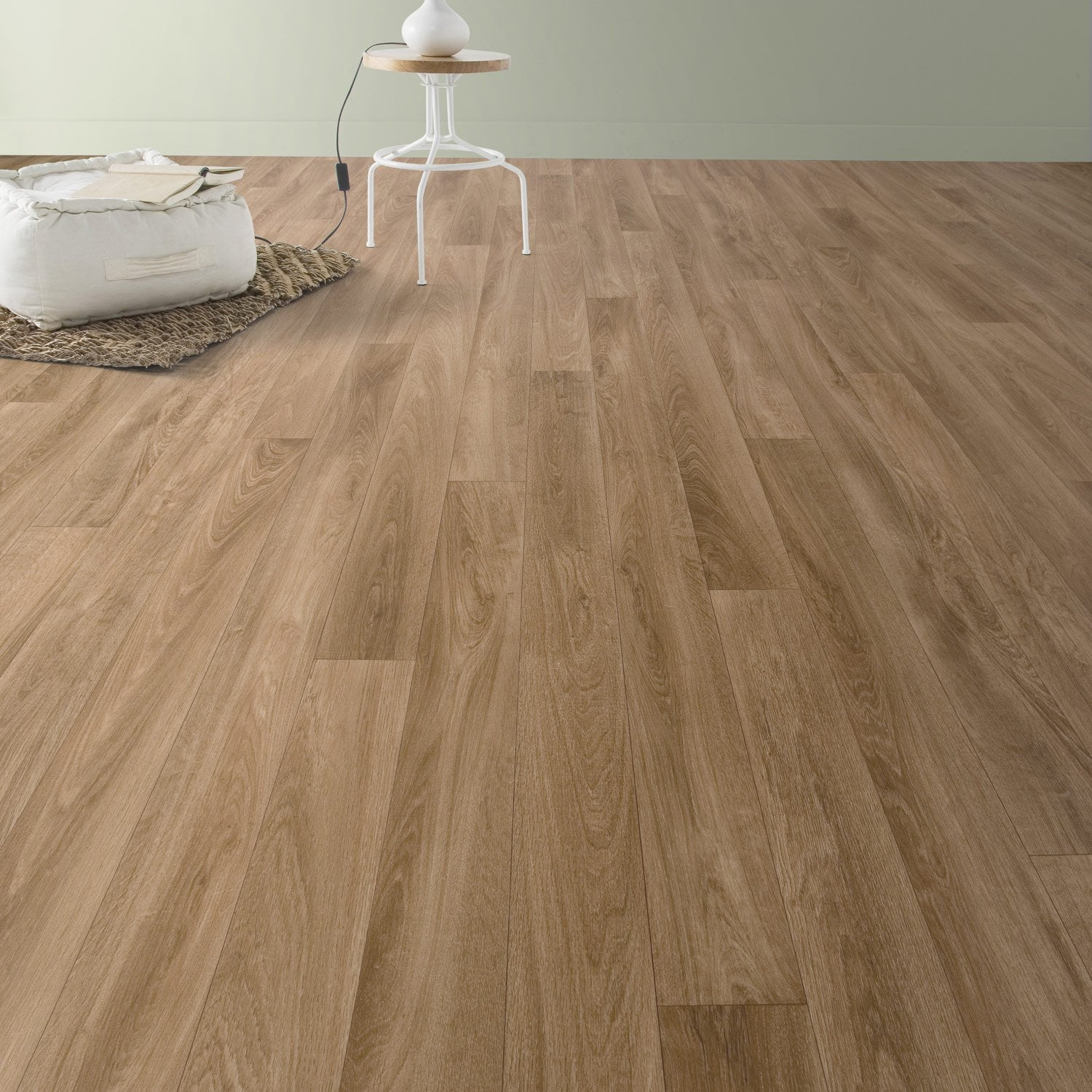 Sol pvc nature oak aerotex l 4 m leroy merlin for Sol pvc chambre