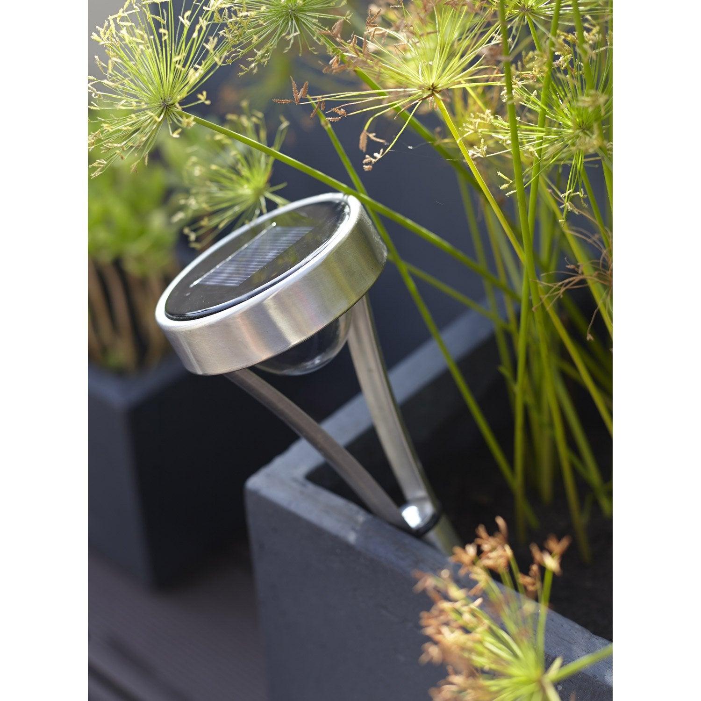 Beautiful lampe solaire jardin xanlite photos design for Applique murale solaire exterieur leroy merlin