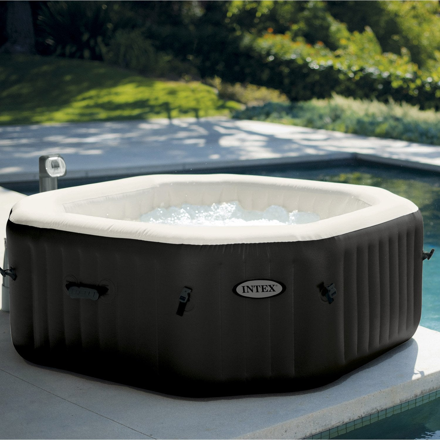 Spa gonflable octogonale intex 4 places assises leroy - Jacuzzi exterieur gonflable ...
