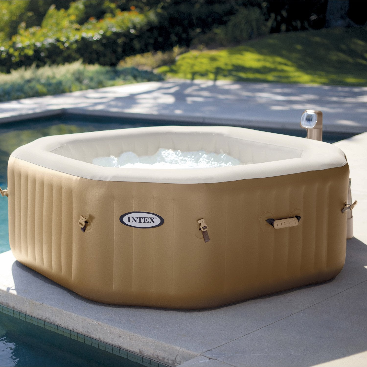 Jacuzzi gonflable prix for Prix piscine spa