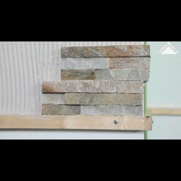 plaquette de parement ardoise stri e en pierre naturelle noir leroy merlin. Black Bedroom Furniture Sets. Home Design Ideas