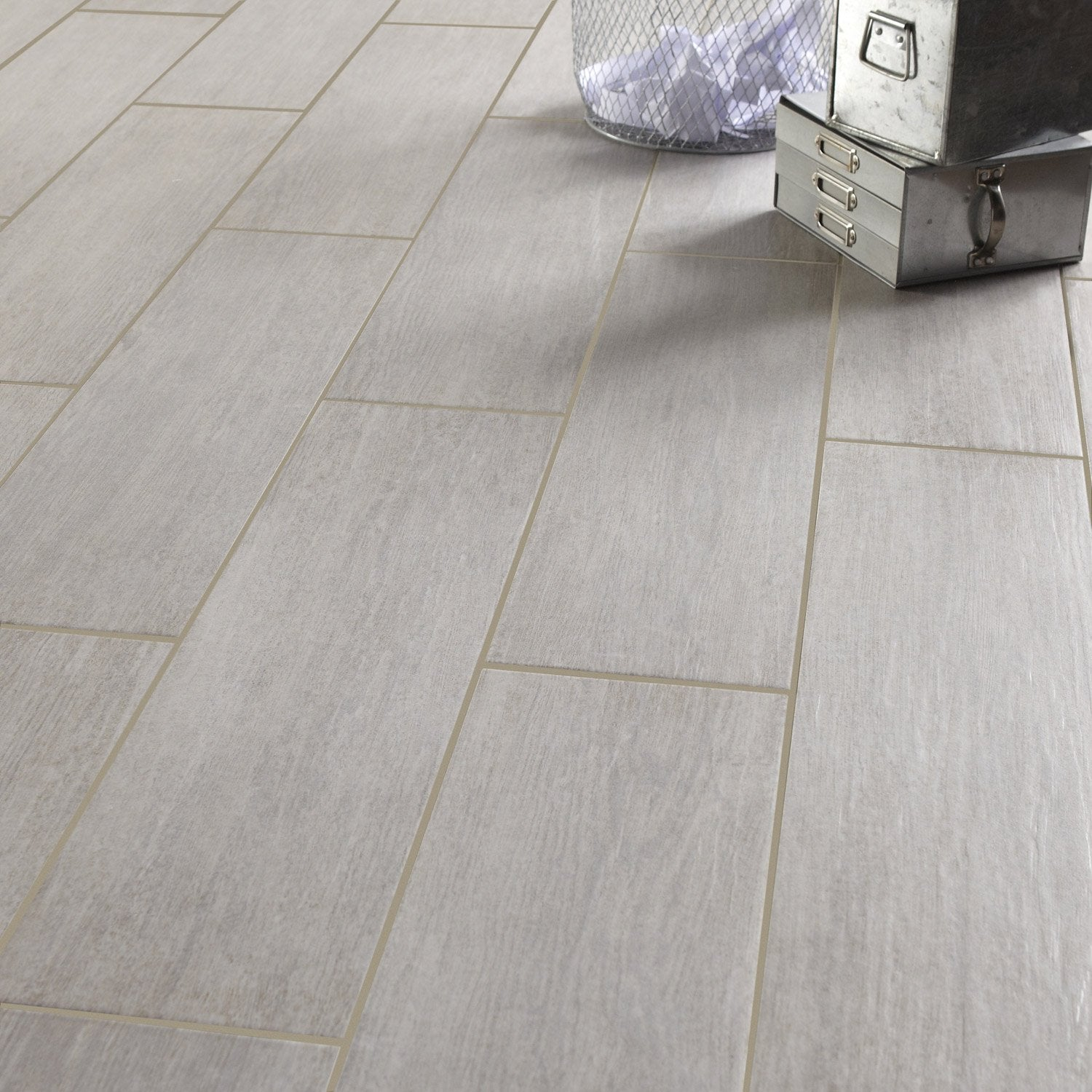 Carrelage imitation parquet gris leroy merlin 28 images for Carrelage imitation bois castorama
