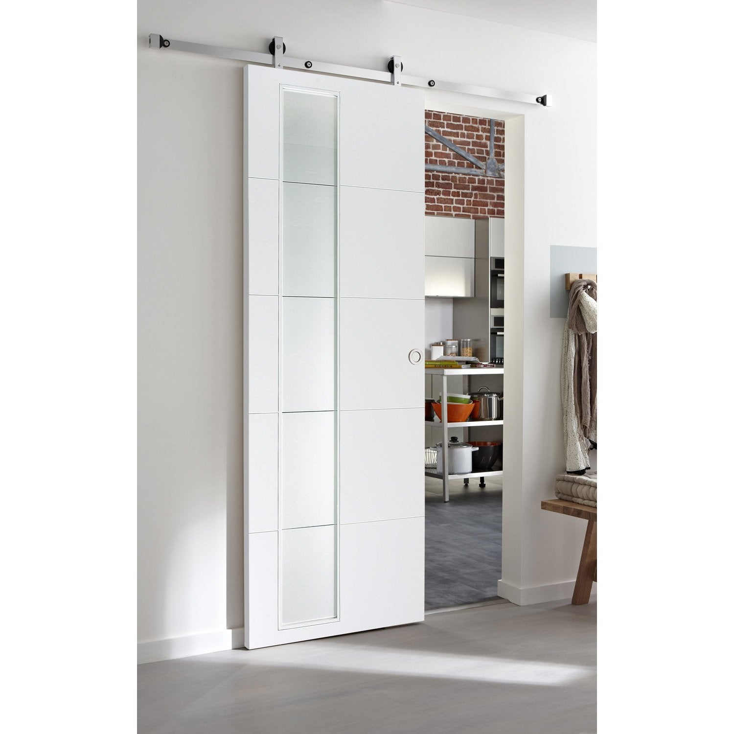 Ensemble porte coulissante alaska mdf laqu avec le rail for Porte extensible leroy merlin