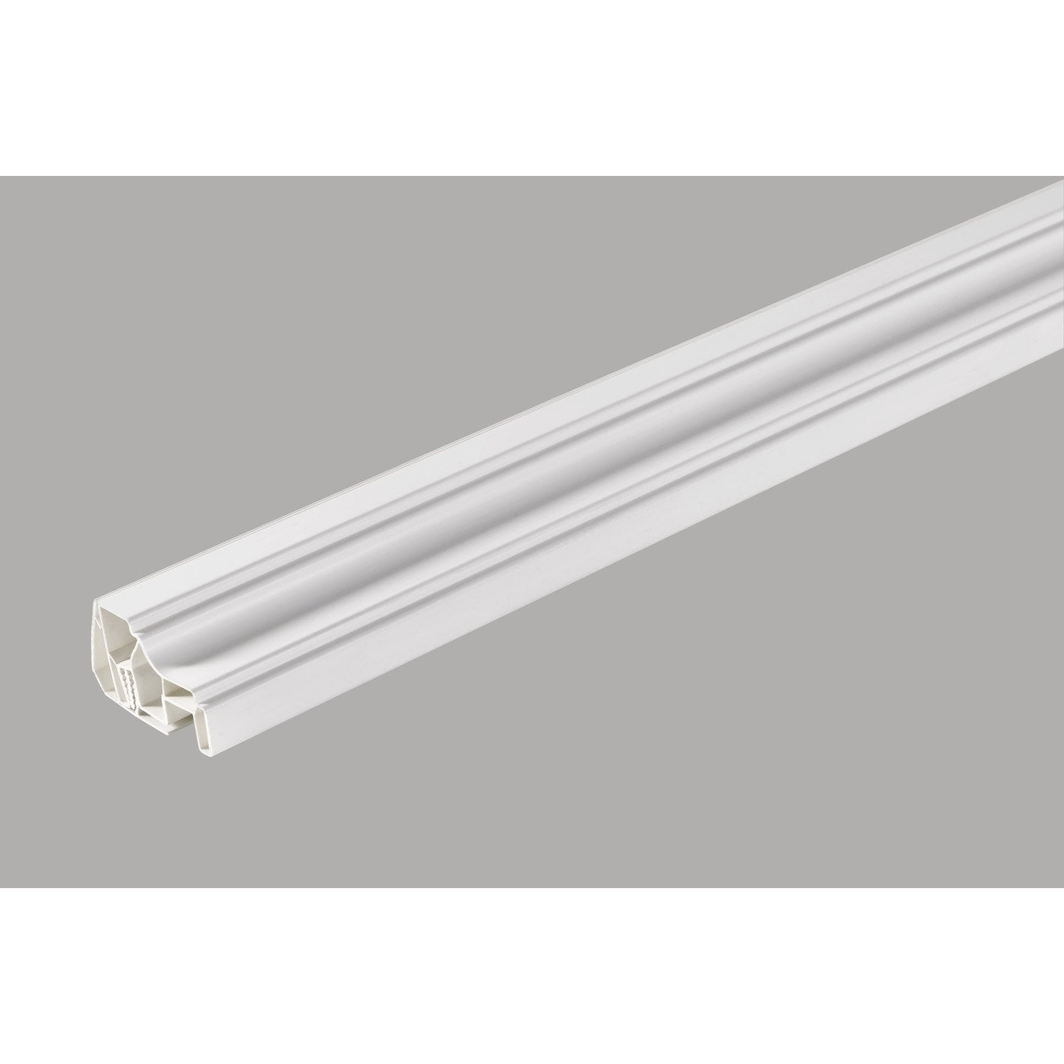 Profil de finition clipsable pvc blanc 260x4x5cm leroy for Laminas pvc leroy merlin
