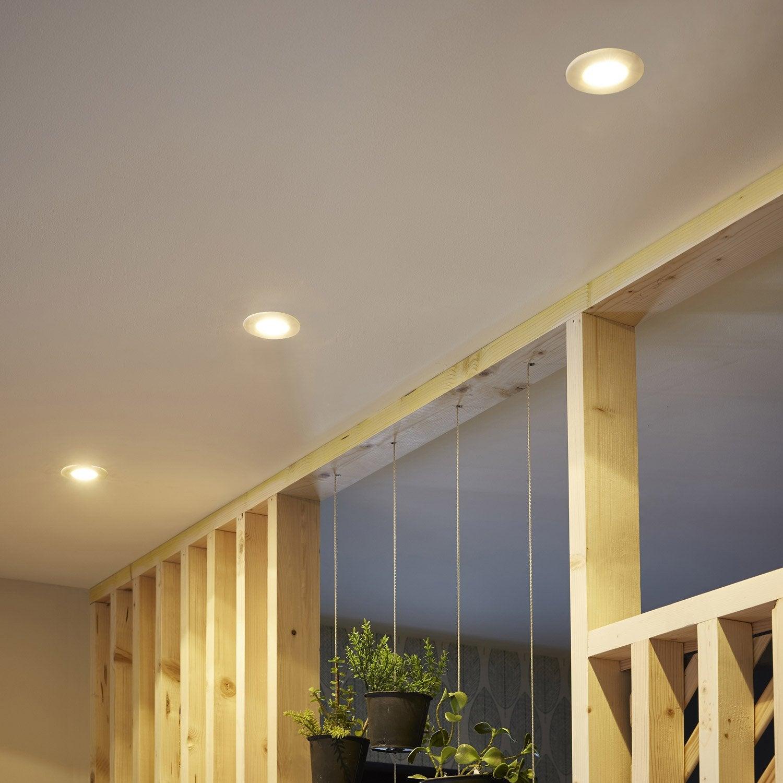 Spot faux plafond salle de bain great aimable plafond for Faux plafond salle de bain spot