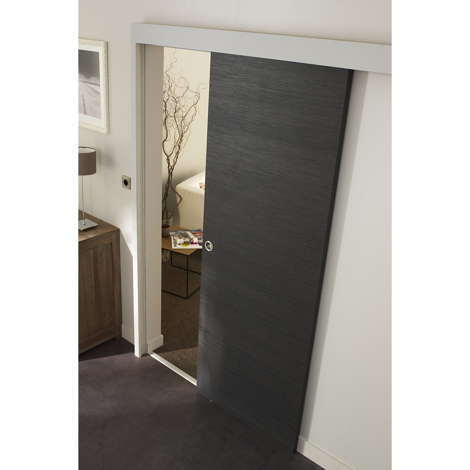 Ensemble porte coulissante londres mdf rev tu avec le rail jazz 2 en aluminium leroy merlin for Peinture porte interieure leroy merlin