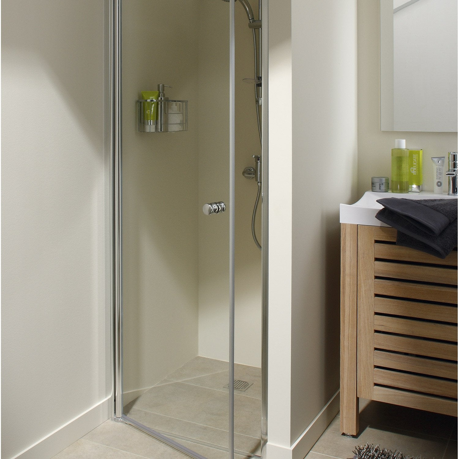 Porte de douche pivotante 70 cm transparent flexa for Porte extensible leroy merlin