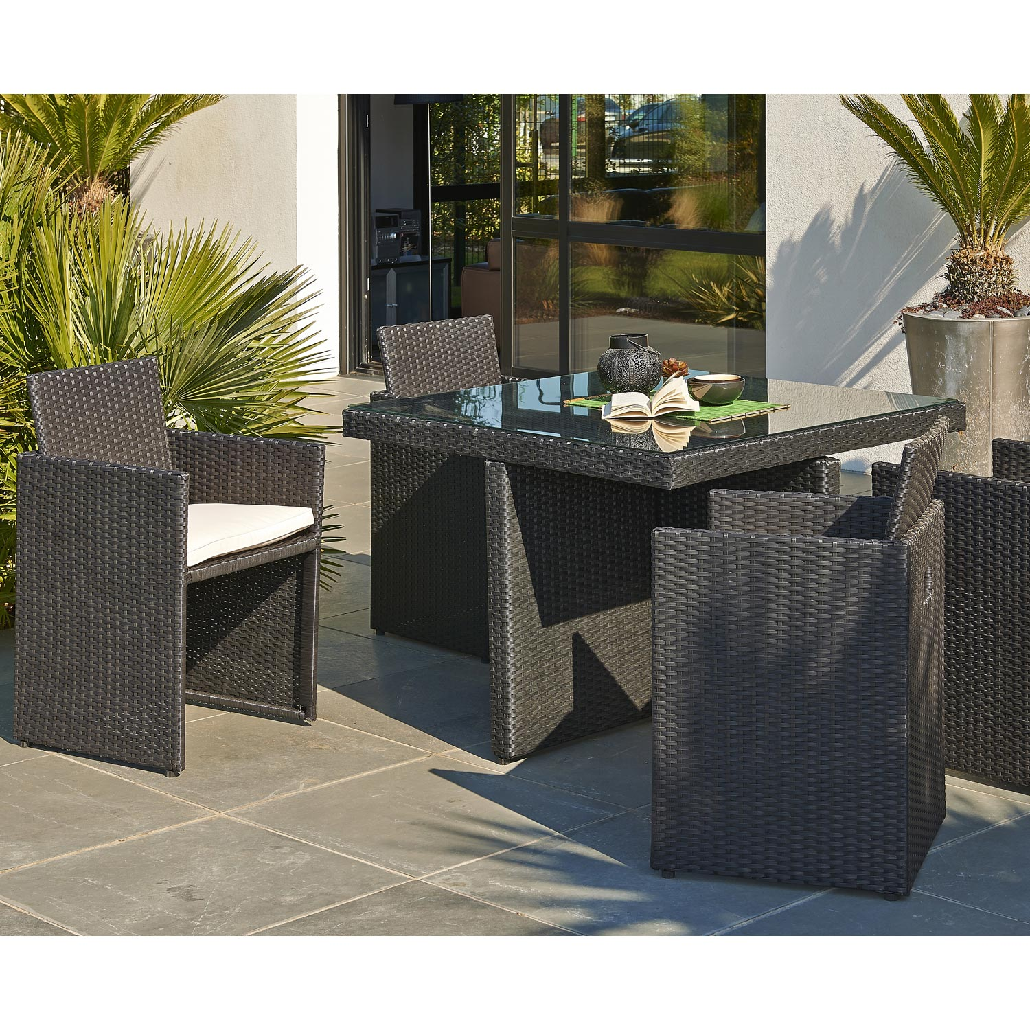 salon de jardin encastrable r sine tress e noir 1 table 4 fauteuils leroy merlin. Black Bedroom Furniture Sets. Home Design Ideas