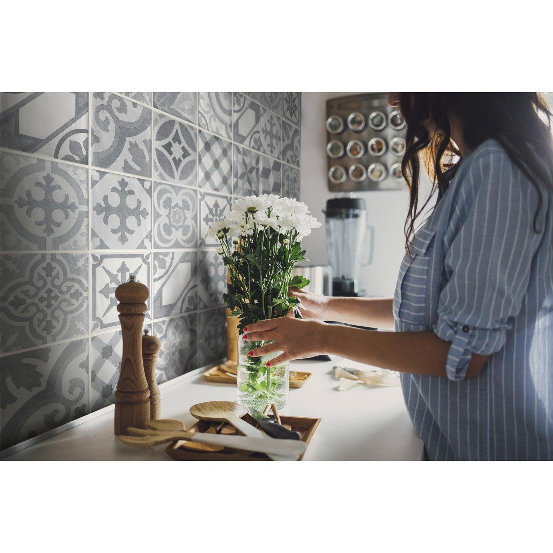 lambris pvc gris beige dumaplast x cm x ep 8 mm leroy merlin. Black Bedroom Furniture Sets. Home Design Ideas