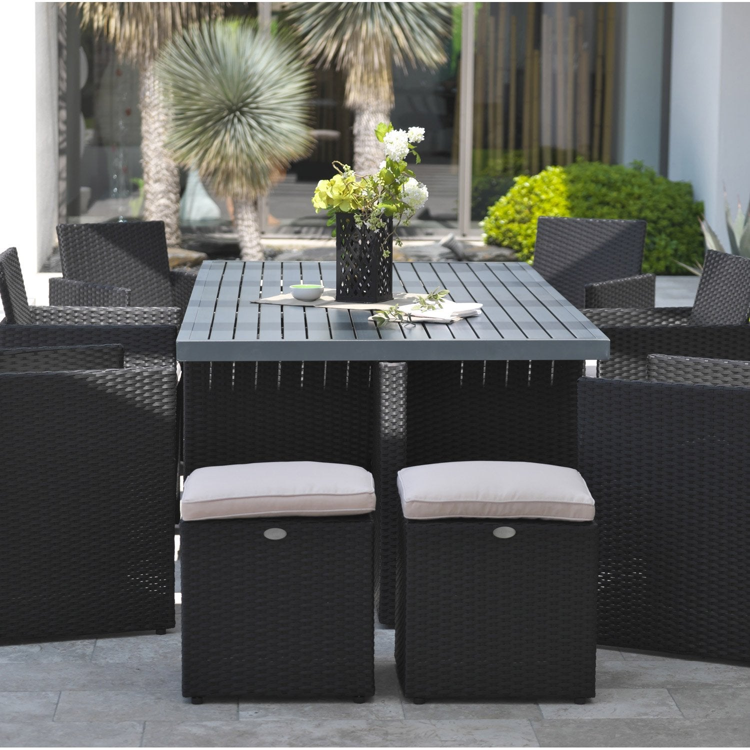 Salon de jardin encastrable r sine tress e noir 10 for Salon table de jardin