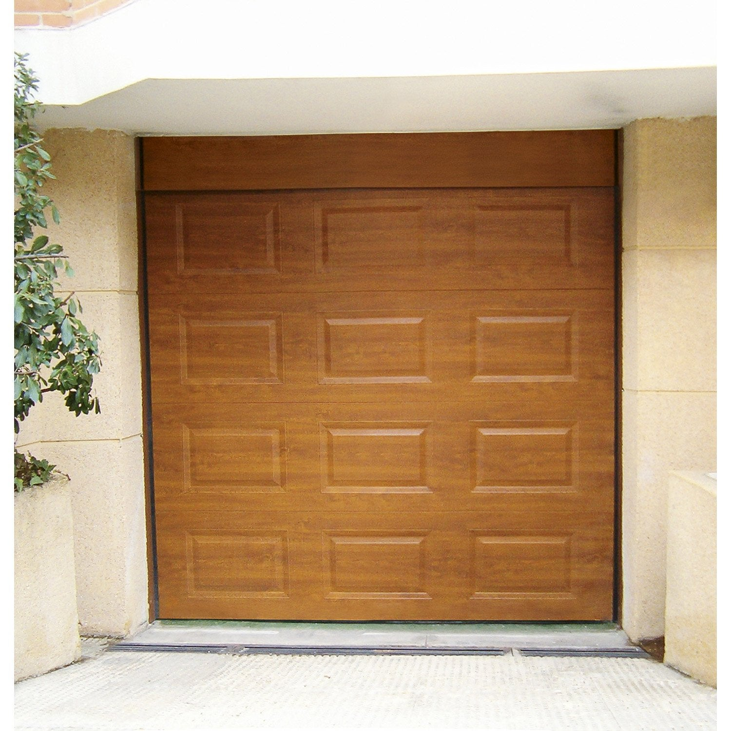 Porte de garage sectionnelle motoris e artens cassette - Leroy merlin porte de garage sectionnelle motorisee ...
