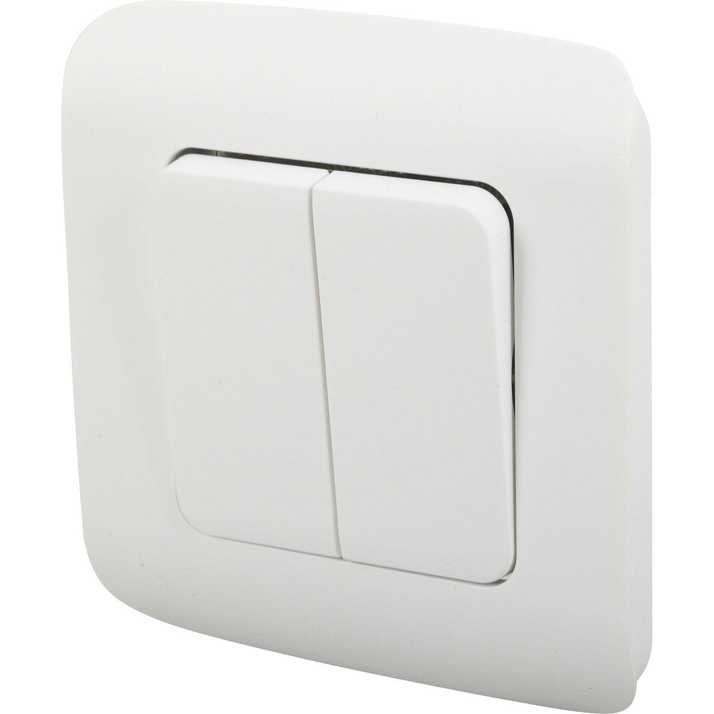 Double interrupteur va et vient encastrable blanc lexman for Changer interrupteur va et vient
