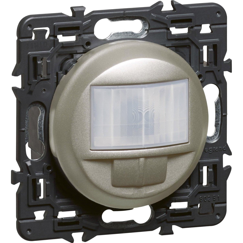 interrupteur automatique c liane legrand titane leroy merlin. Black Bedroom Furniture Sets. Home Design Ideas