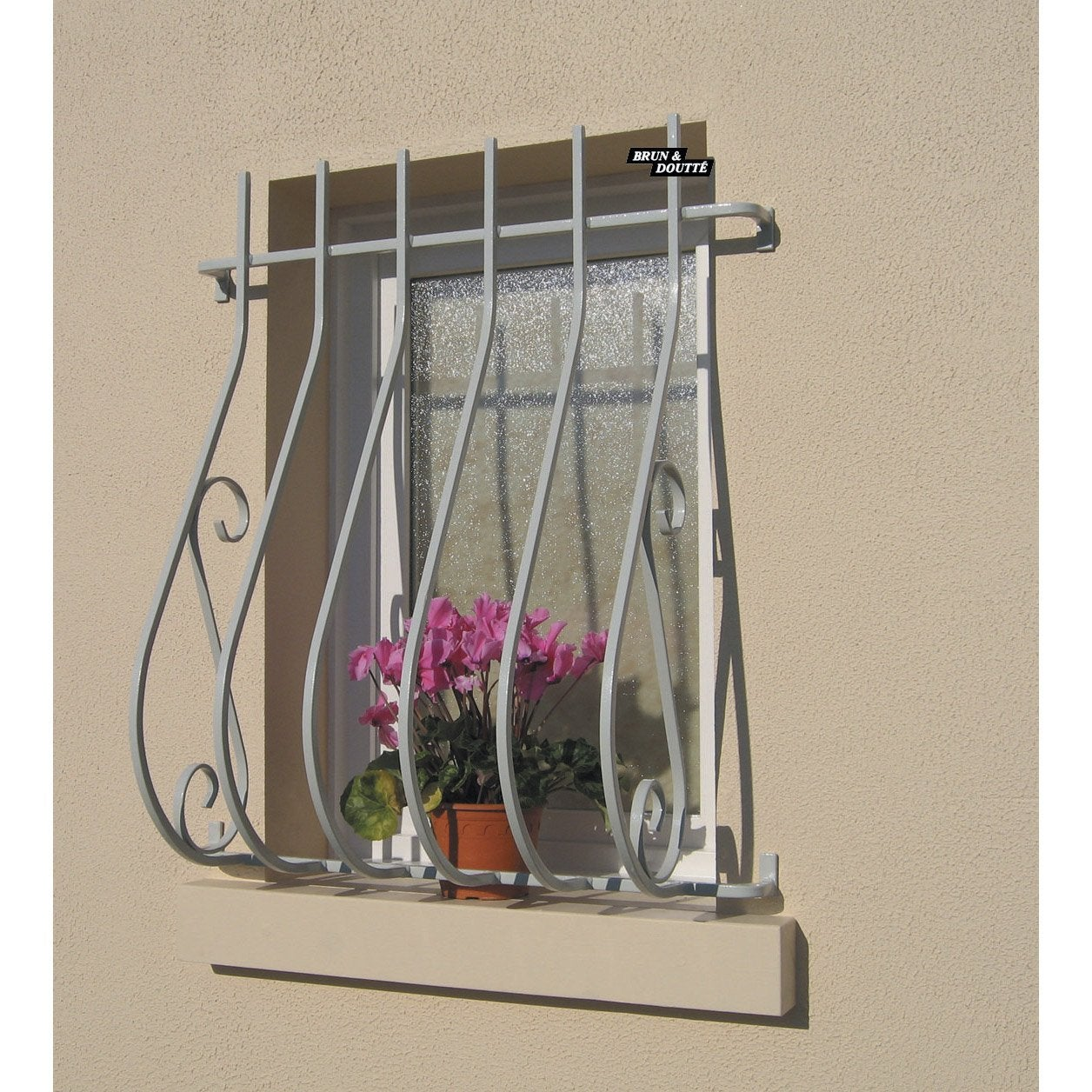 grille de d fense pour fen tre garonne x cm leroy merlin. Black Bedroom Furniture Sets. Home Design Ideas