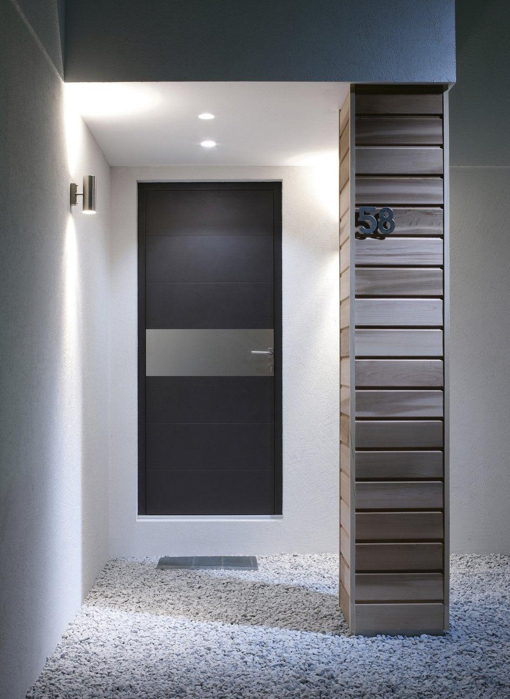 porte d 39 entr e vitr e la lumi re est pr sente dans l. Black Bedroom Furniture Sets. Home Design Ideas