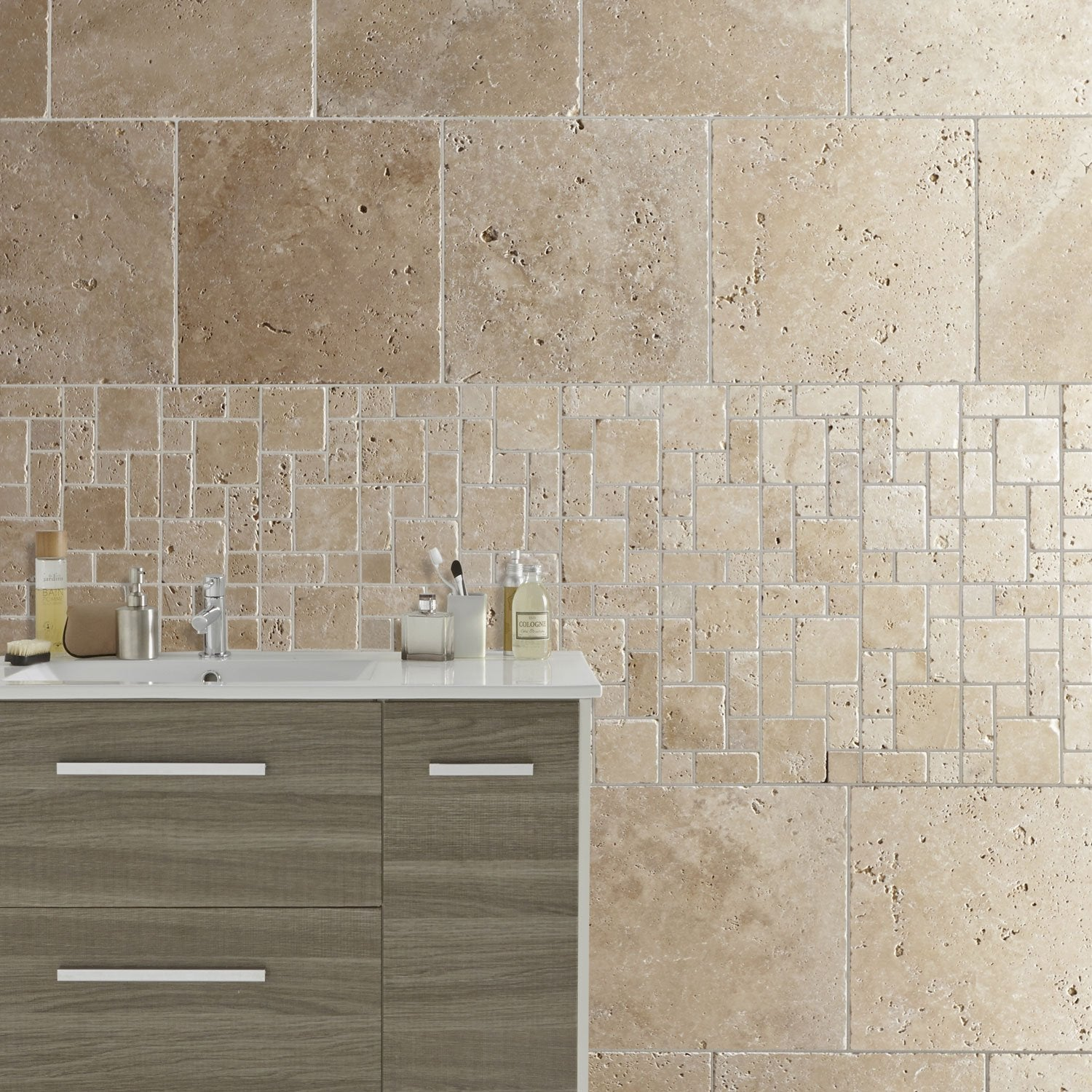 Travertin sol et mur beige effet pierre travertin x cm leroy merlin - Salle de bain travertin moderne ...