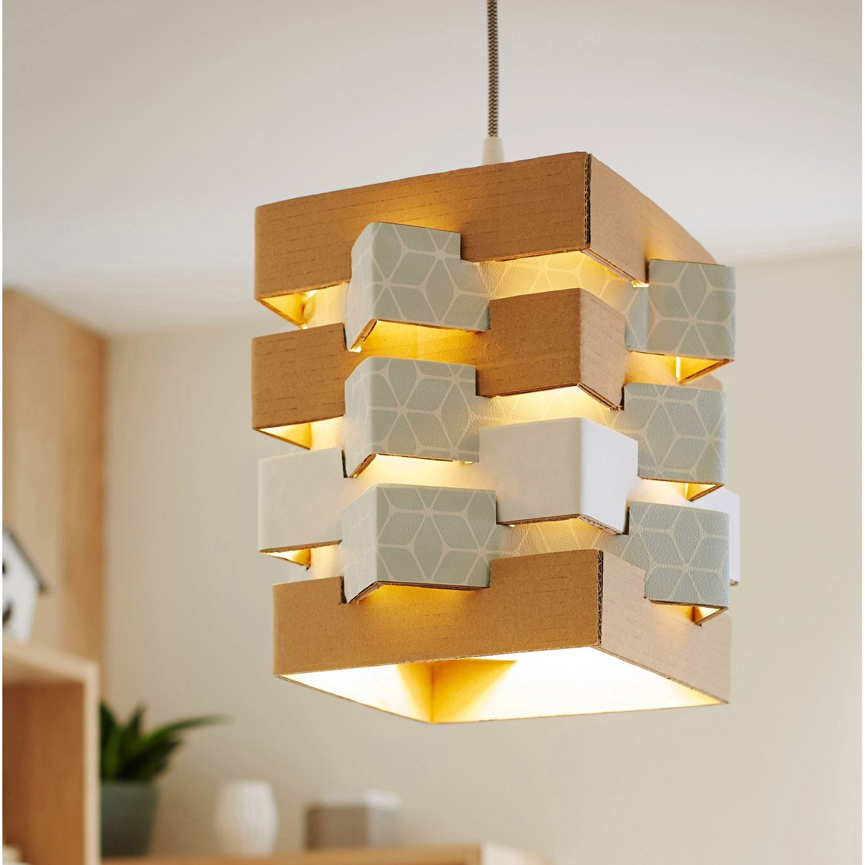 atelier cr ation fabriquer une suspension en carton. Black Bedroom Furniture Sets. Home Design Ideas