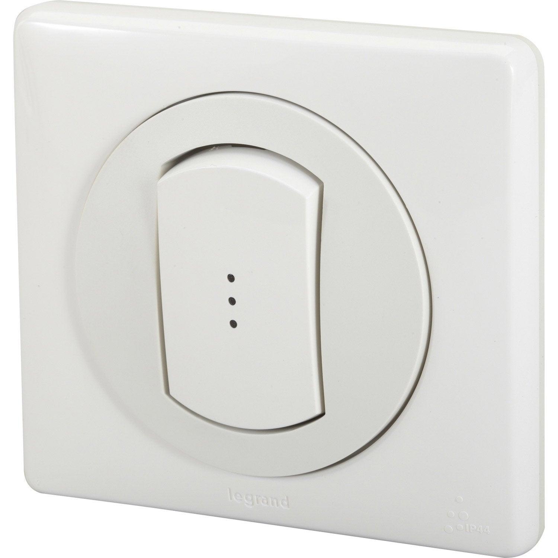 interrupteur va et vient voyant lumineux blanc legrand s rie c liane leroy merlin. Black Bedroom Furniture Sets. Home Design Ideas