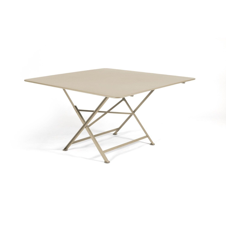 table de jardin fermob cargo carr e muscade 8 personnes. Black Bedroom Furniture Sets. Home Design Ideas