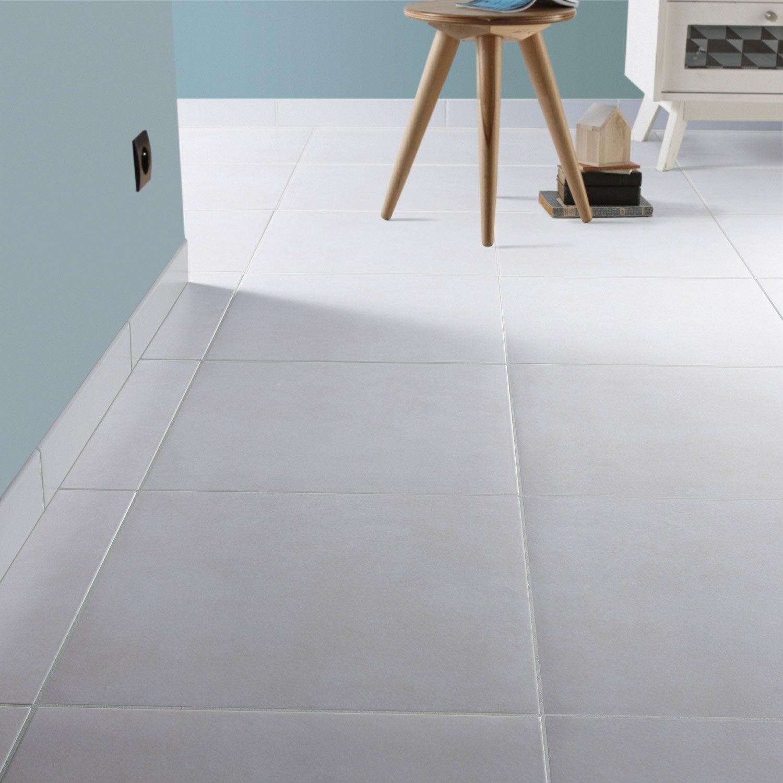 Lot de 3 plinthes universo gris galet l 8 x cm for Carrelage blanc mat 30x60