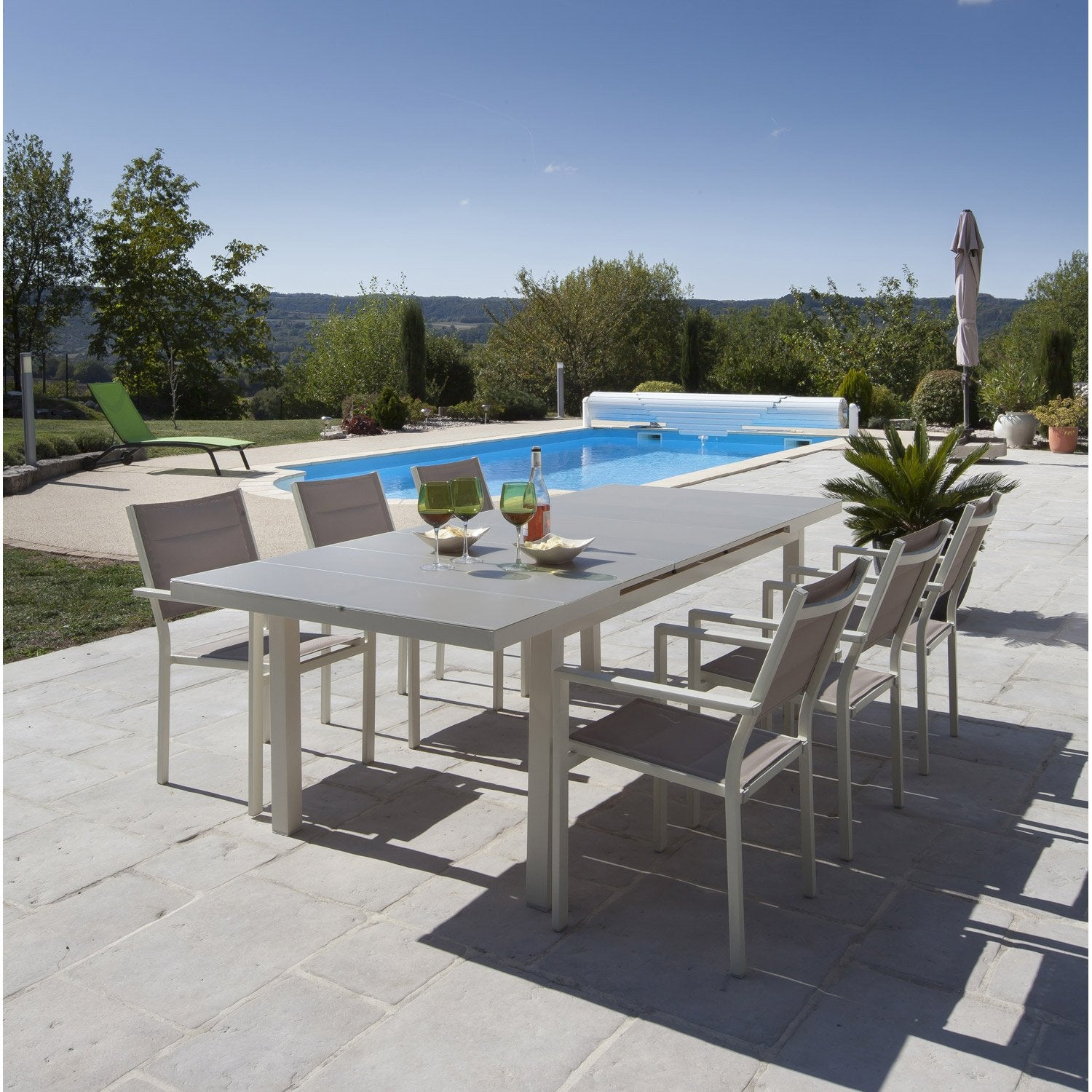 salon de jardin malaga aluminium taupe 1 table et 6 fauteuils leroy merlin. Black Bedroom Furniture Sets. Home Design Ideas