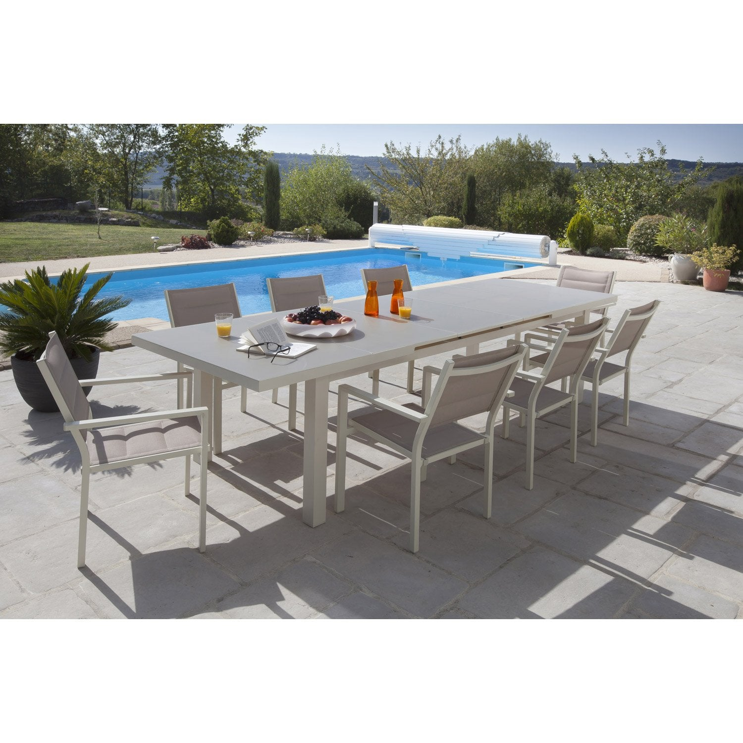 amazing salon de jardin malaga aluminium taupe table et fauteuils leroy merlin leroy merlin with. Black Bedroom Furniture Sets. Home Design Ideas