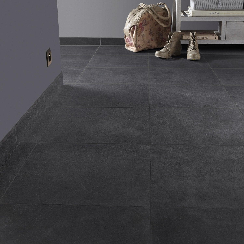 Carrelage sol et mur noir graphite effet pierre roma x cm leroy merlin for Carrelage gris mur prune