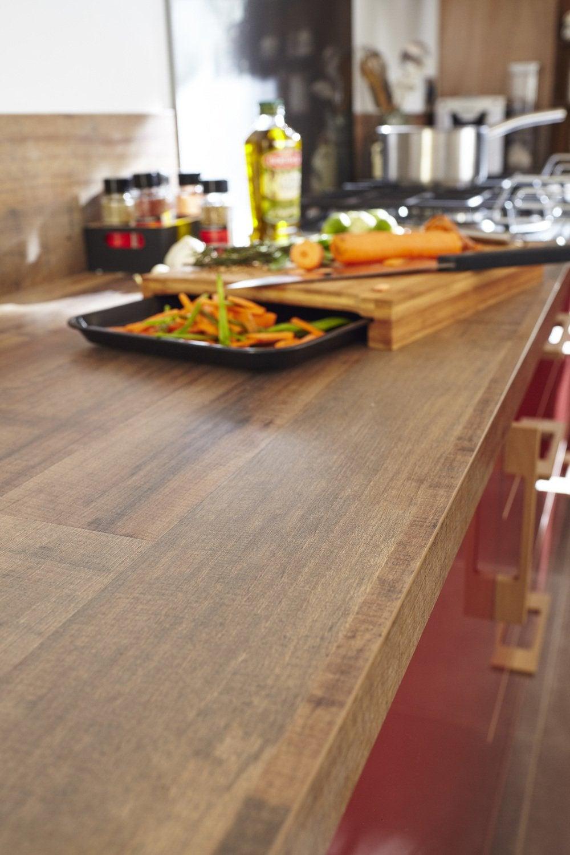 Une cuisine en rouge et bois leroy merlin for Une cuisine pour tous