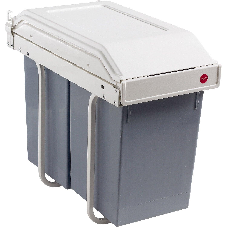 Poubelle de cuisine manuelle hailo plastique blanc cr me 30 l leroy merlin for Poubelle de cuisine automatique l