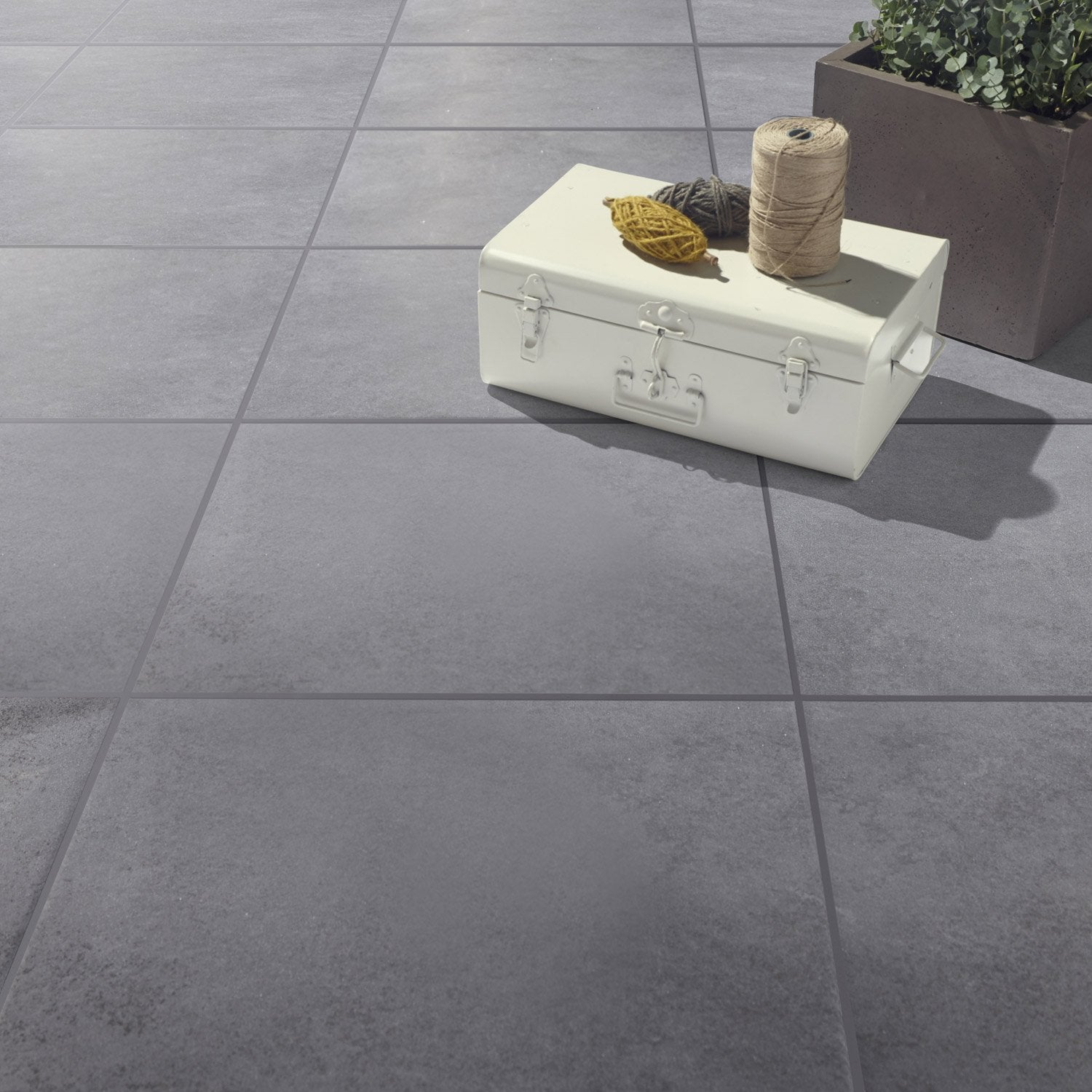Carrelage sol anthracite effet b ton lune x cm for Carrelage 45x45 gris anthracite