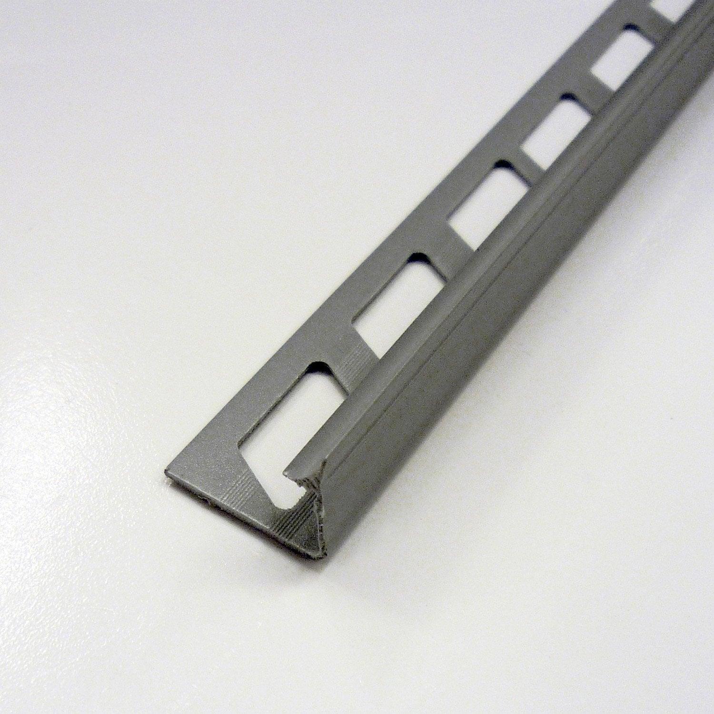 Joint d 39 angle rentrant en pvc gris 2 5 m x 12 5 mm for Baguette angle enduit exterieur