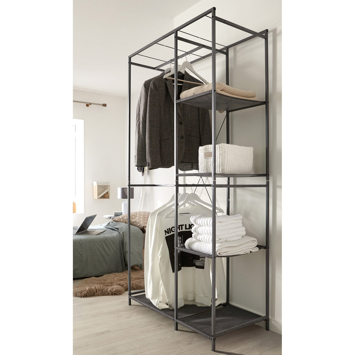 penderie 4 tag res gris acier et intiss spaceo x l. Black Bedroom Furniture Sets. Home Design Ideas