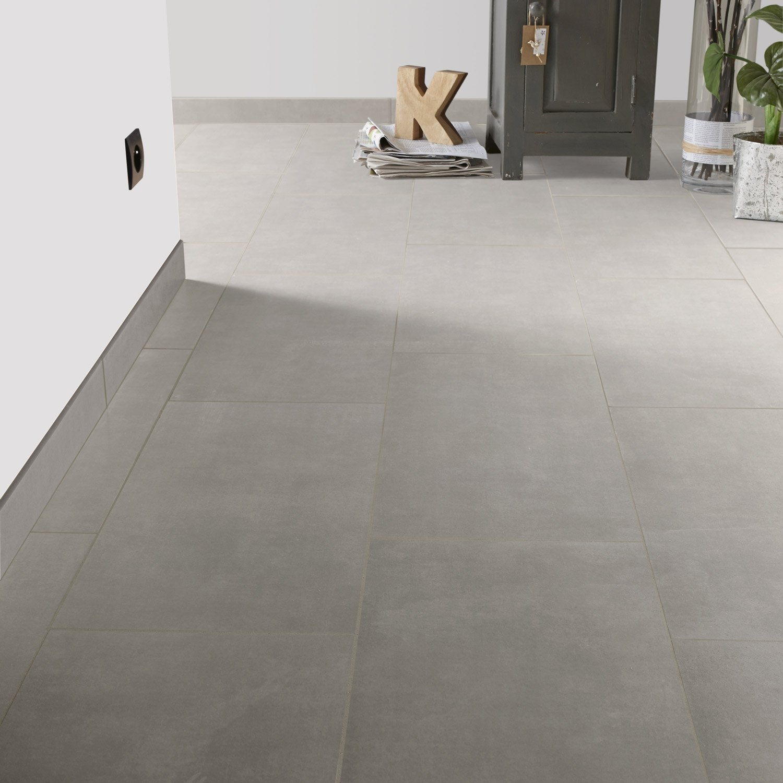 Carrelage sol et mur ciment effet b ton urban x cm leroy merlin for Peinture pour carrelage sol