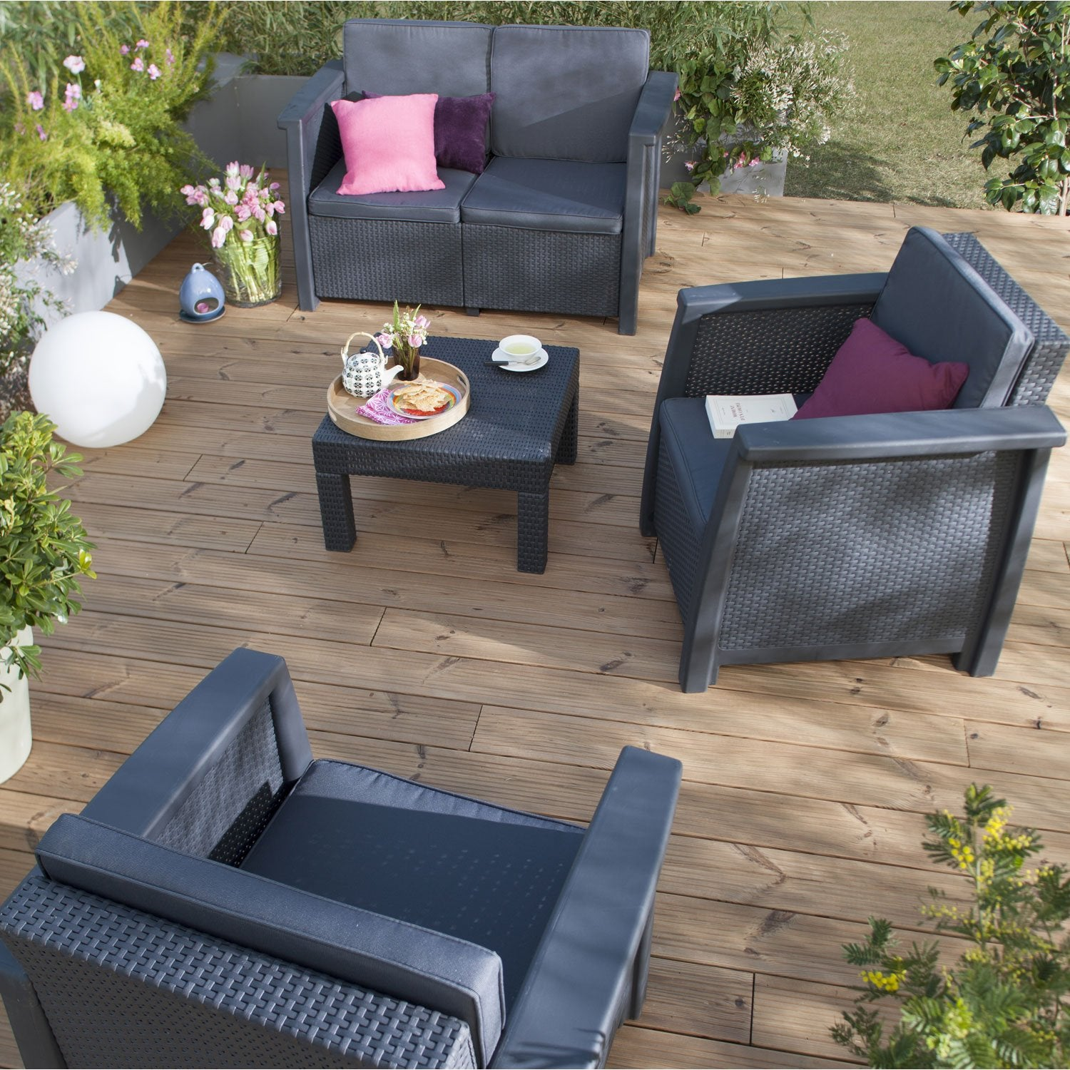 Leroy merlin salon de jardin en r sine tress e fashion for Leroy merlin sofas jardin