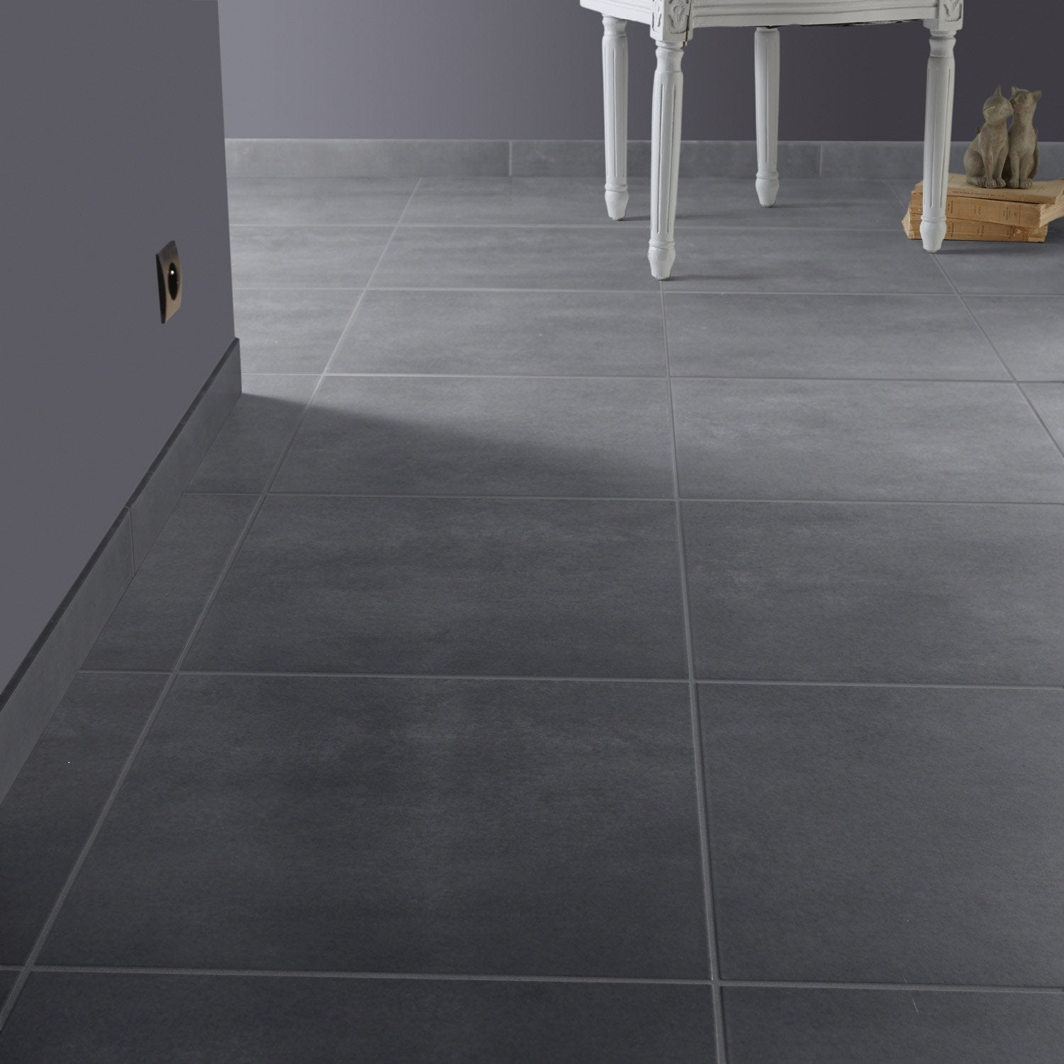 Carrelage gris leroy merlin id e inspirante for Carrelage sol gris clair