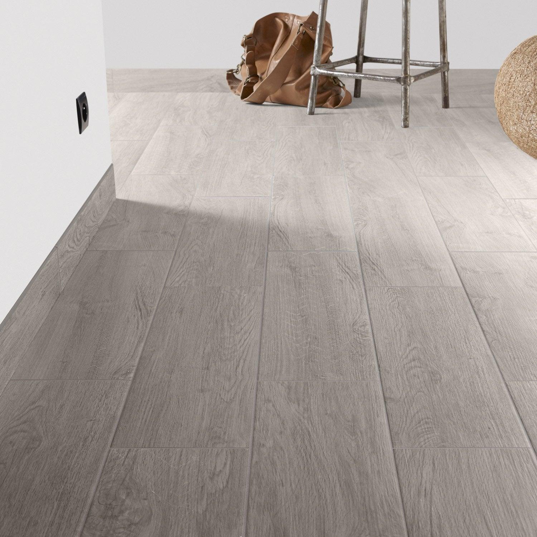 Carrelage sol et mur gris perle effet bois helsinki x for Carrelage et bois au sol