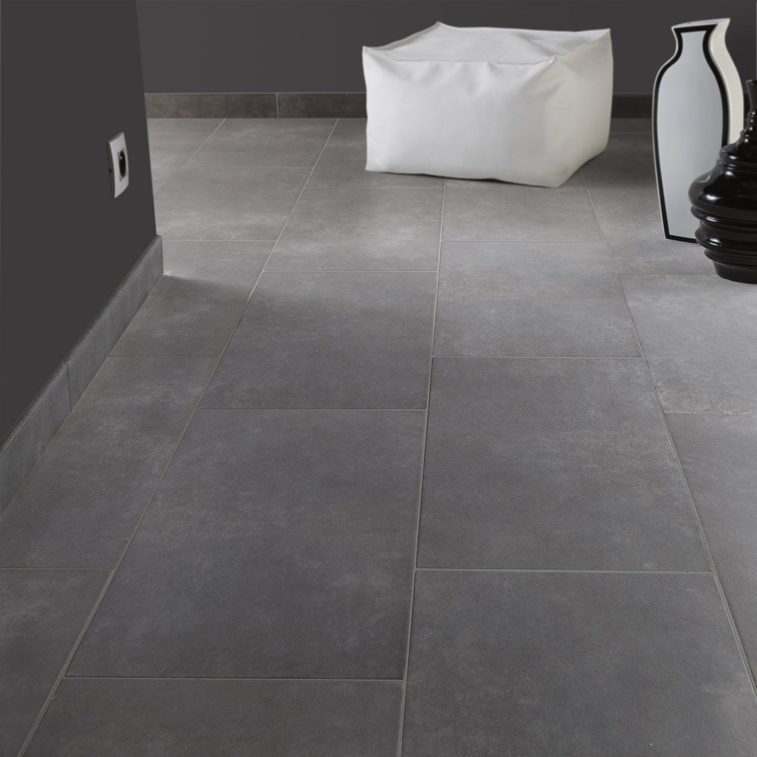 Carrelage sol et mur anthracite effet b ton soho x for Carrelage 60x60 gris anthracite