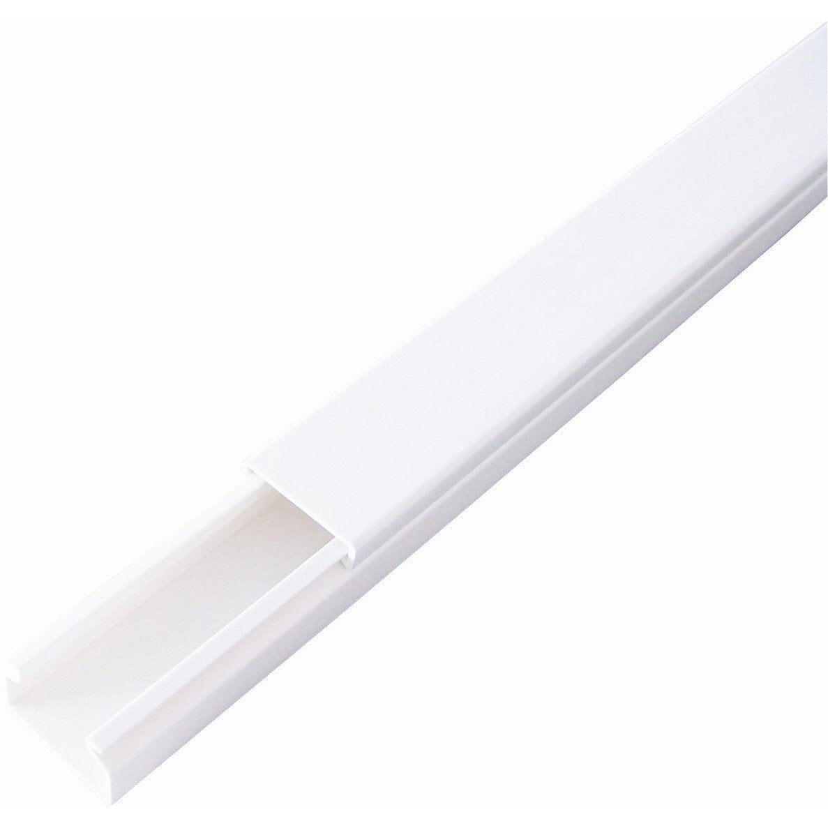 Moulure en pvc blanc l 200 x h 4 x p 2 5 cm leroy merlin for Cache electrique