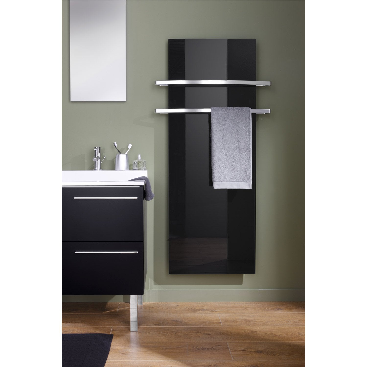 s che serviettes lectrique rayonnement thermovit 740w leroy merlin. Black Bedroom Furniture Sets. Home Design Ideas