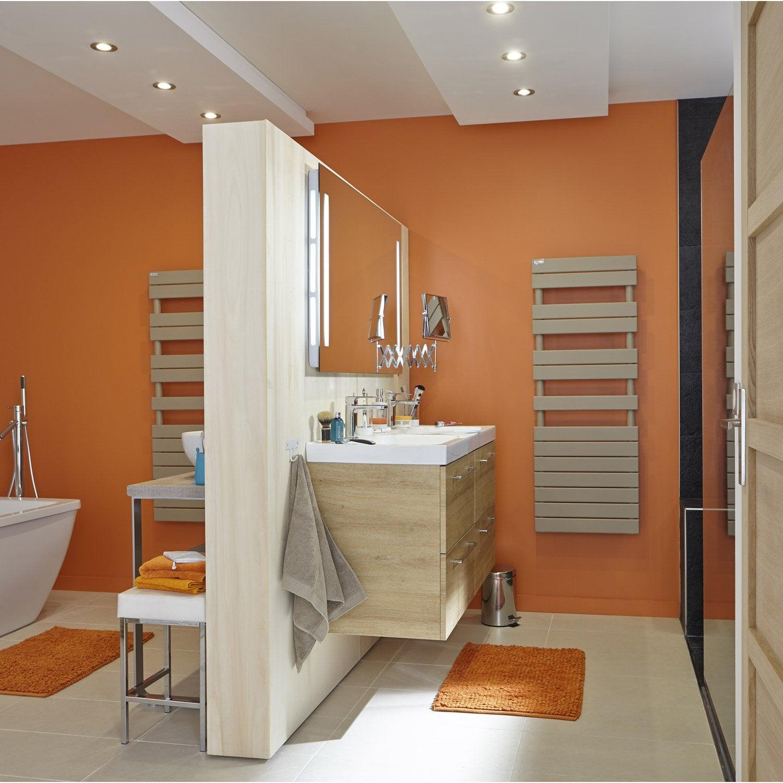 pin s che serviettes eau chaude on pinterest. Black Bedroom Furniture Sets. Home Design Ideas