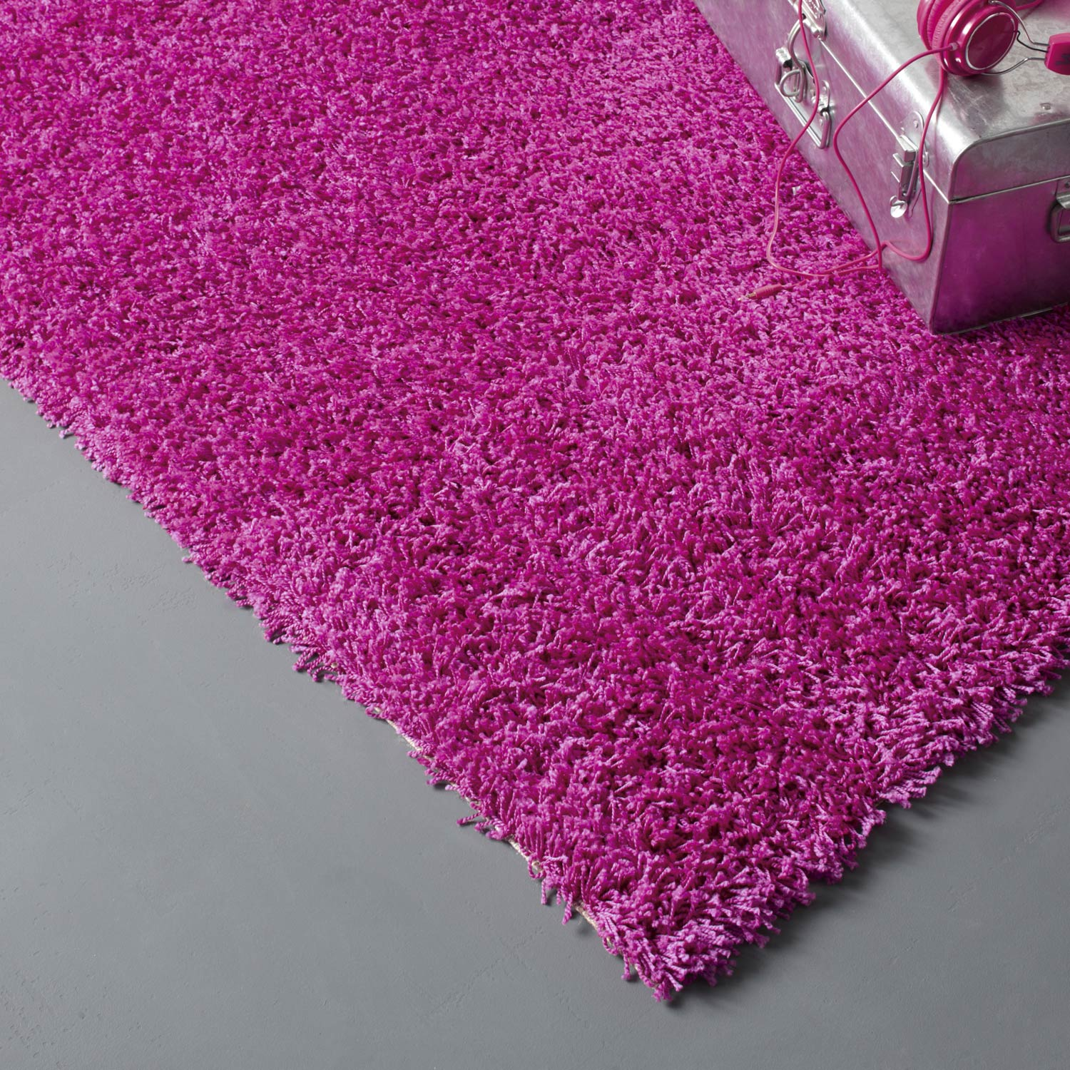 tapis fuchsia shaggy pop x cm leroy merlin. Black Bedroom Furniture Sets. Home Design Ideas
