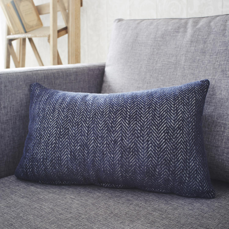 coussin winchester inspire bleu et blanc x cm leroy merlin. Black Bedroom Furniture Sets. Home Design Ideas