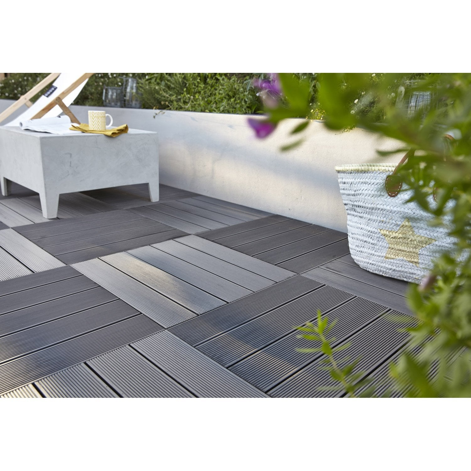 Dalle composite kyoto x cm x mm leroy merlin - Dalles terrasse composite ...