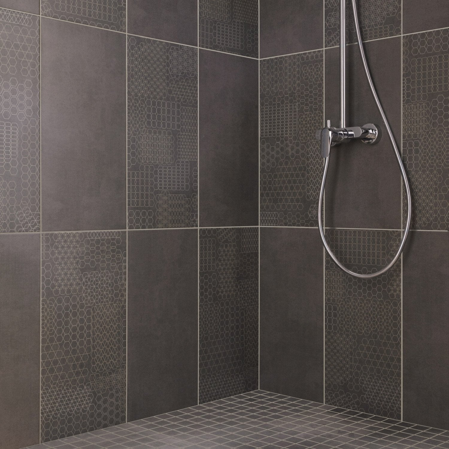 Fa ence mur anthracite tweed x cm leroy merlin for Pose de carrelage mur salle de bain