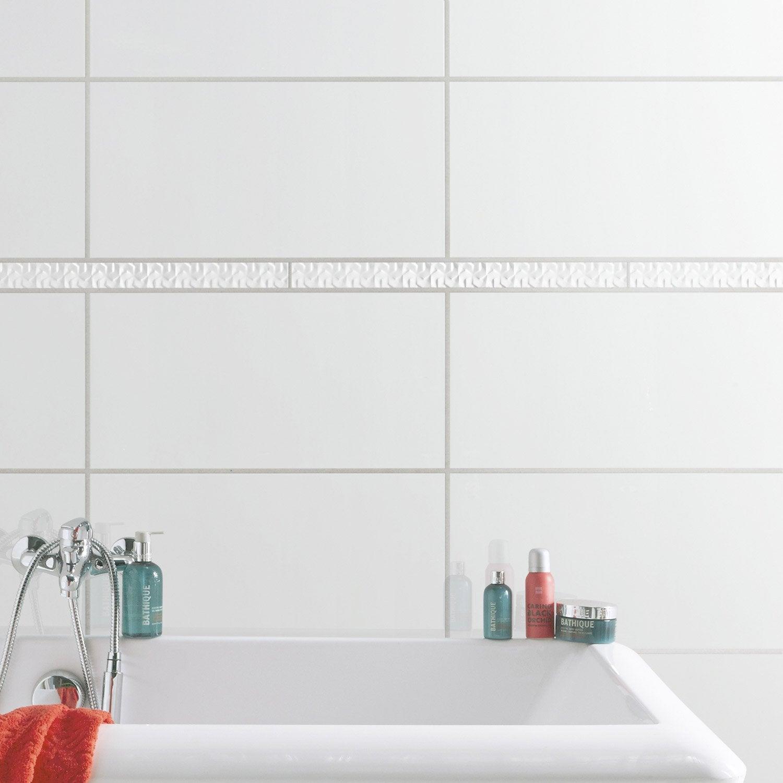 Listel origami blanc l 5 x cm leroy merlin - Carrelage blanc brillant salle de bain ...