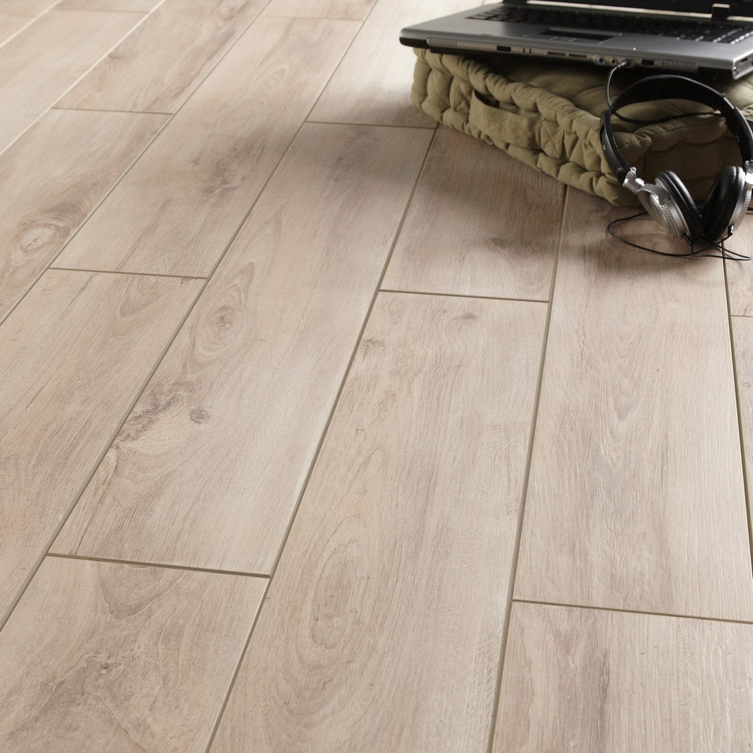 Pose carrelage effet parquet for Carrelage solde