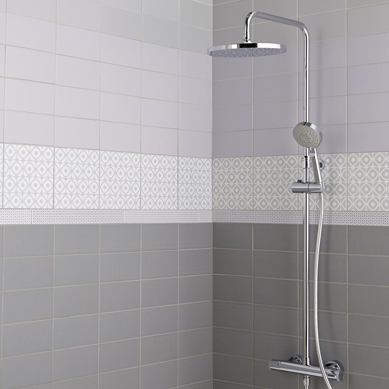 Fa ence mur gris galet astuce x cm leroy merlin for Faience salle de bain ton gris