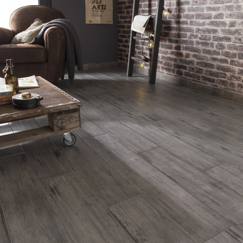 carrelage sol et mur gris effet bois cabane x cm. Black Bedroom Furniture Sets. Home Design Ideas
